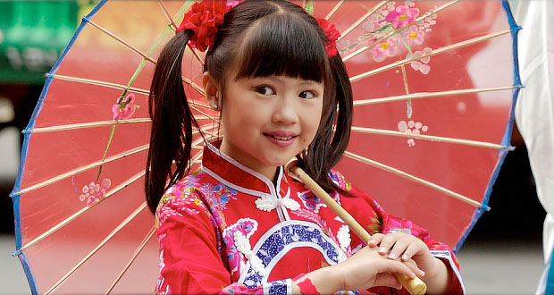 Delighting in God: Praying for the Costume Catalog (Chinese costume little girl)