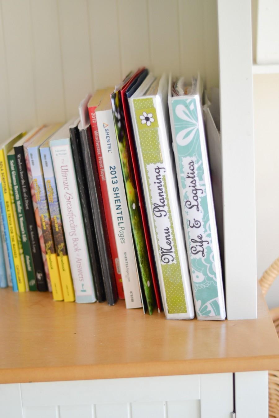 Summer Simplification: - Abby Sasscer | Binders in Command Shelf