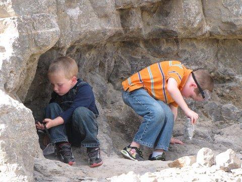 The Barrett Family | Digging for Diamonds
