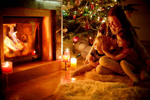 Keeping the Spirit of Christmas Alive: Inspirational Traditions from Seton Families - by Christine Smitha   Family Time