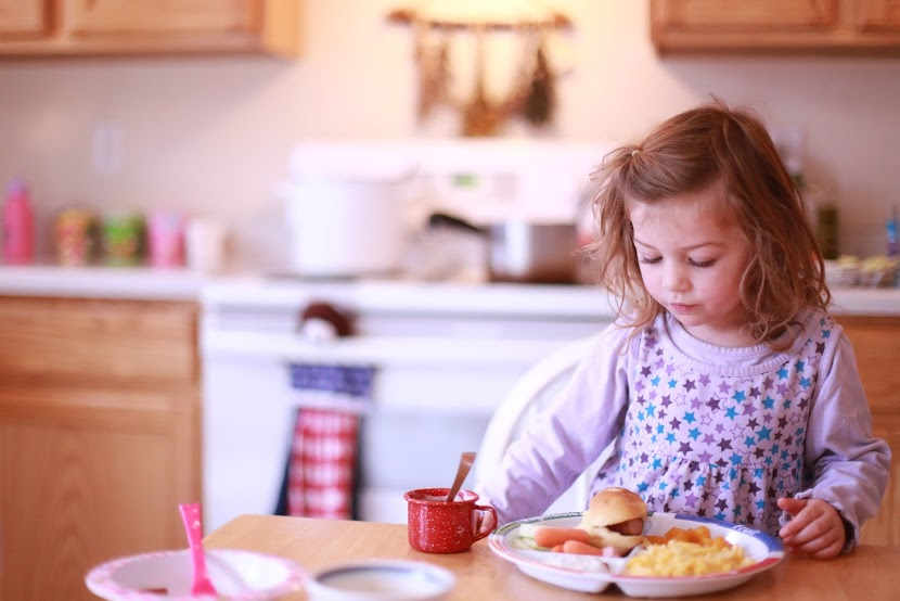 8 Simple Ways To Add More Fruits and Veggies To Your Family's Diet - by Abby Sasscer | Girl Eating