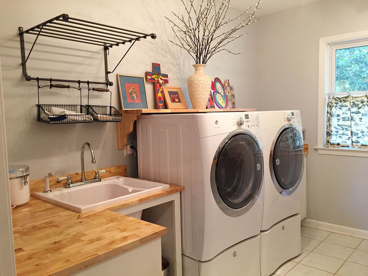These 5 Simple Steps Will Tame Your Laundry Beast! - Gina Berrios